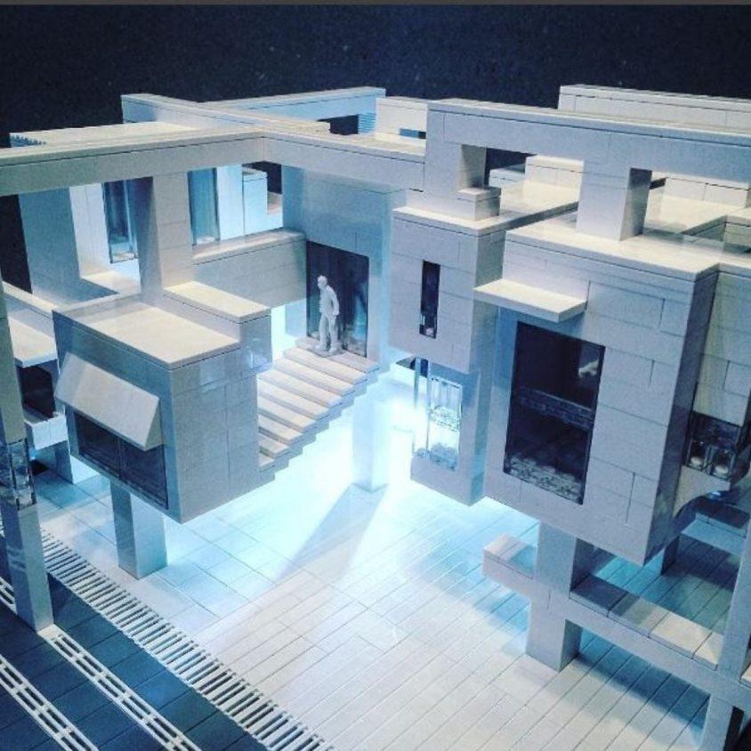 Arquitectura brutalista hecha con Lego 6