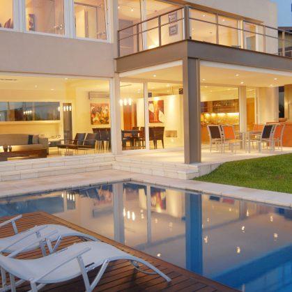Casa junto al agua 2