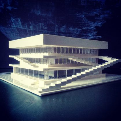 Arquitectura brutalista hecha con Lego 2
