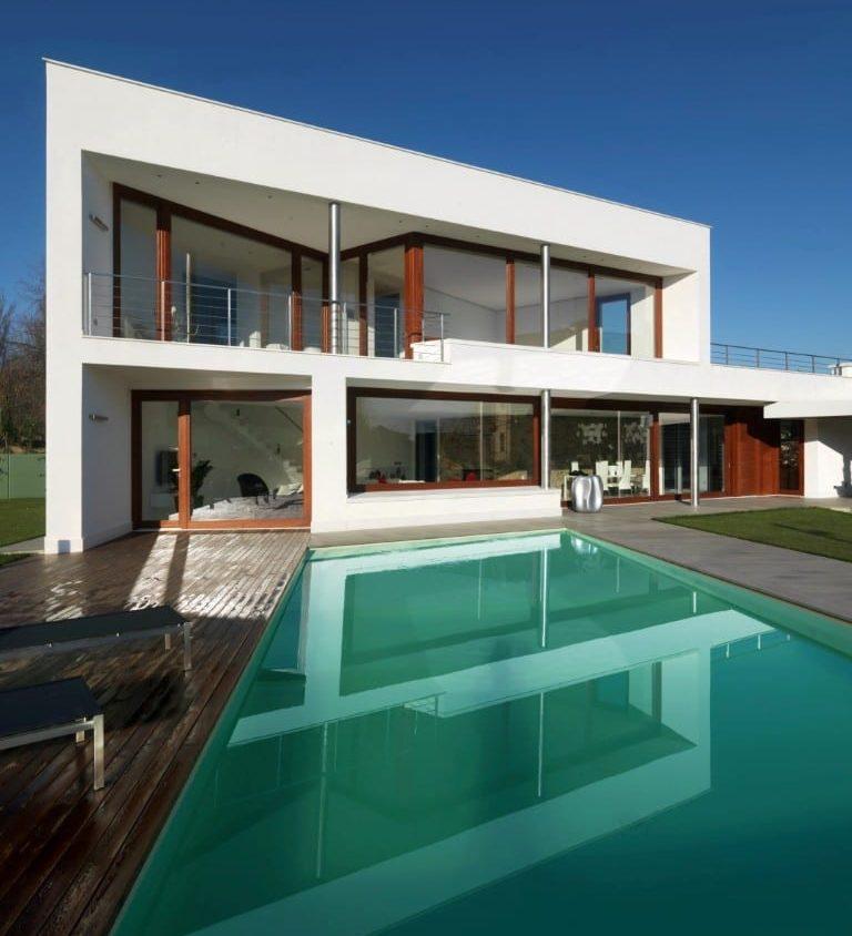 B- HOUSE 3