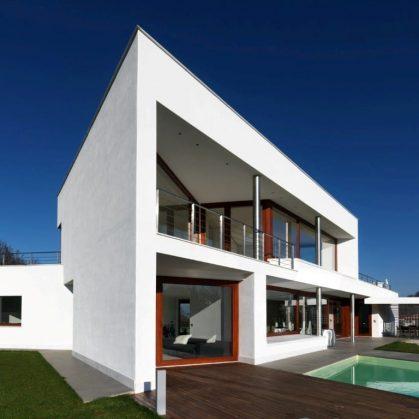 B- HOUSE 5
