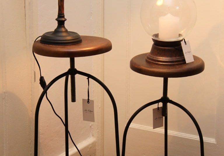 Banquetas de hierro y madera regulables 1