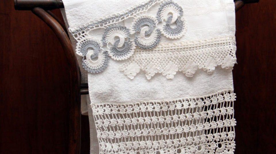 Toalla de rostro y visitas con puntillas en crochet La Felipa 1