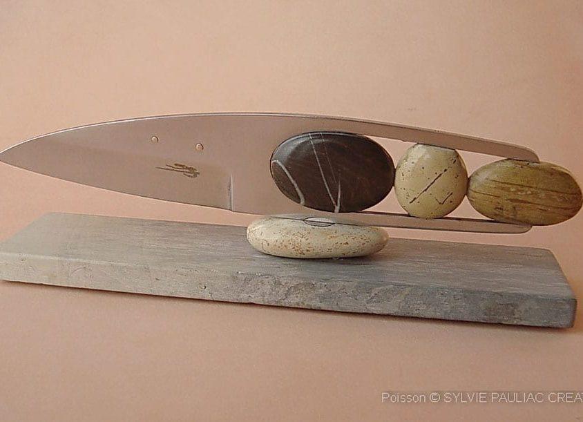 Arte en acero y piedra 3