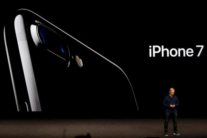 Apple presentó el iPhone 7 6