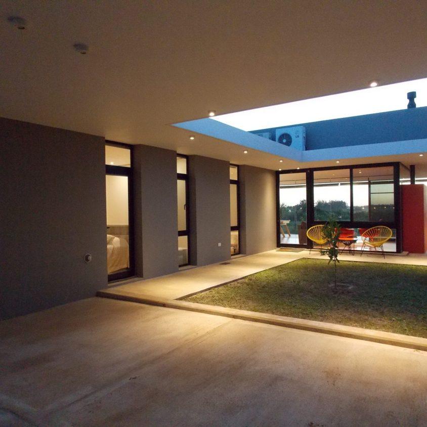 Casa L 10