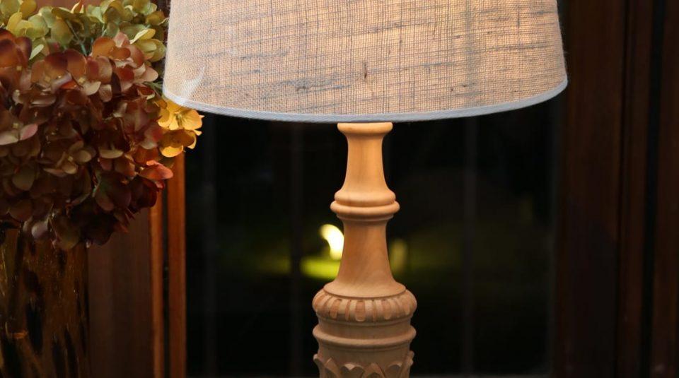 Lámpara de madera natural 31