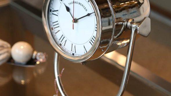 Reloj de mesa 17
