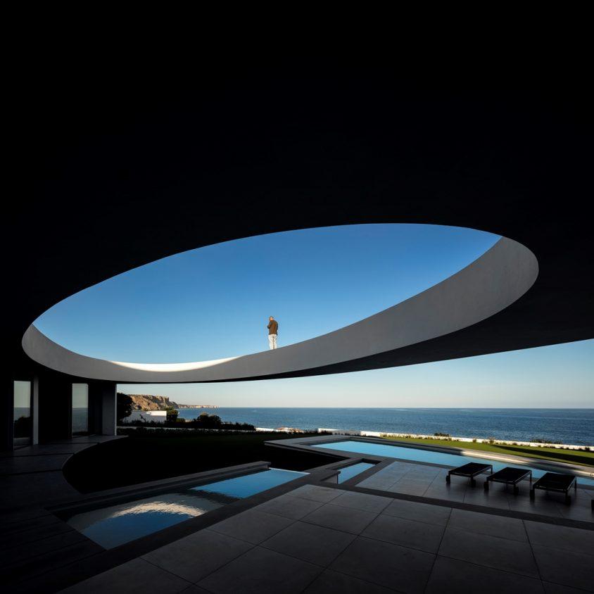 Elliptical House 8