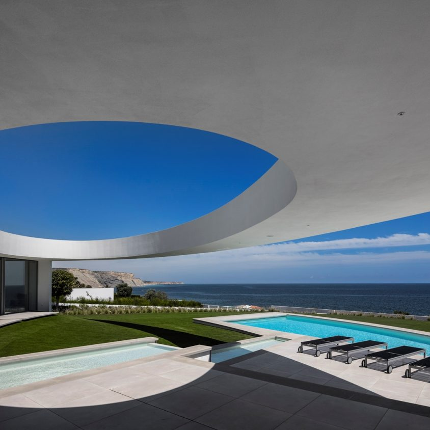 Elliptical House 7