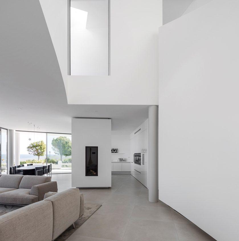 Elliptical House 16