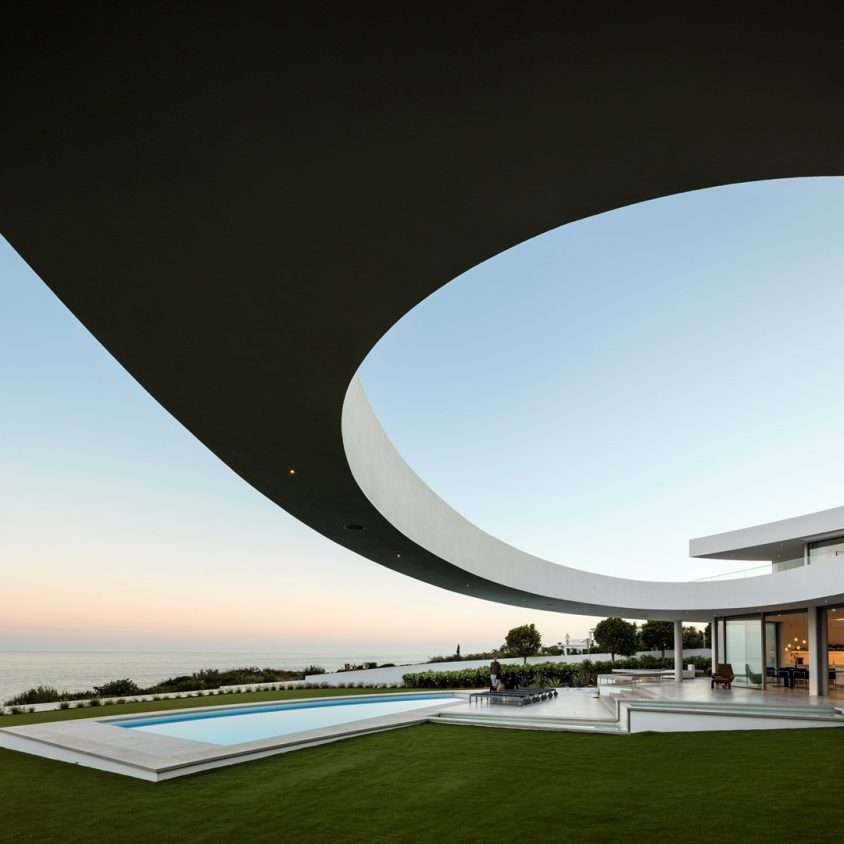 Elliptical House 6