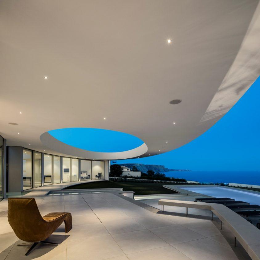 Elliptical House 9