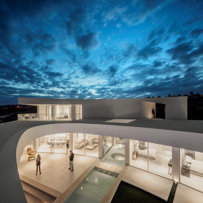 Elliptical House 12