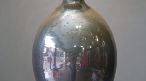 Vasija de vidrio tornasolado 18