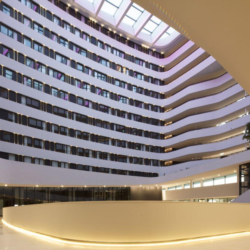 Hilton Amsterdam Airport Schiphol. 11