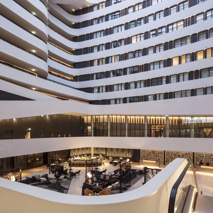 Hilton Amsterdam Airport Schiphol. 10