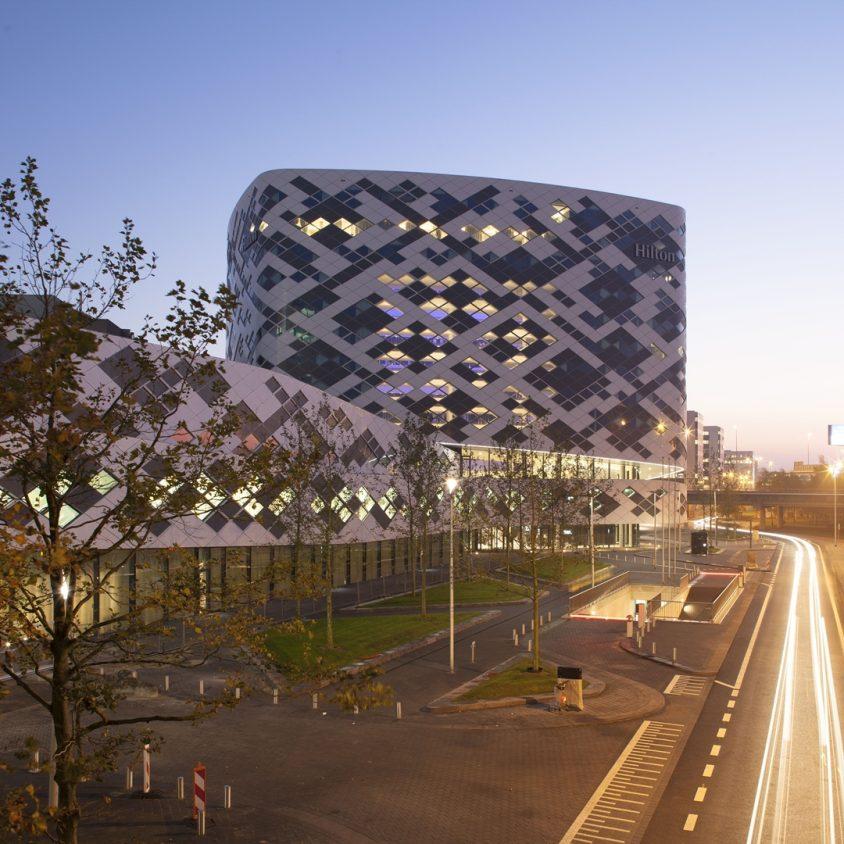 Hilton Amsterdam Airport Schiphol. 6