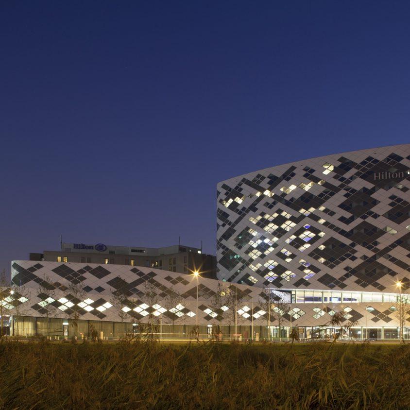 Hilton Amsterdam Airport Schiphol. 4