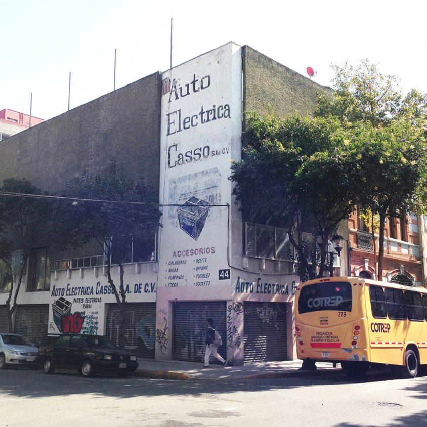 Milán 44 1