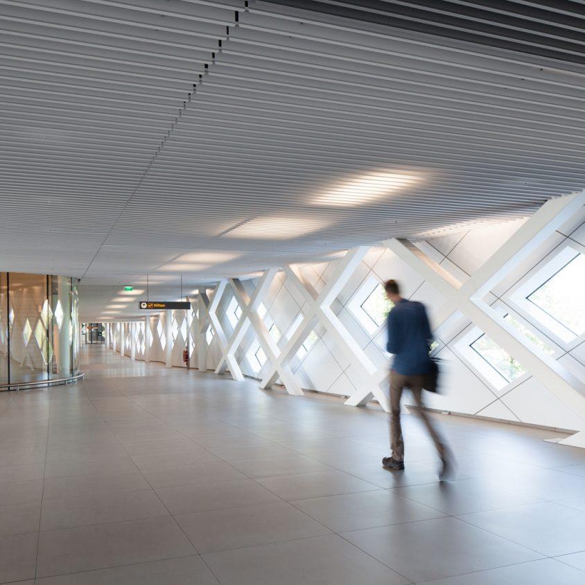Hilton Amsterdam Airport Schiphol. 14