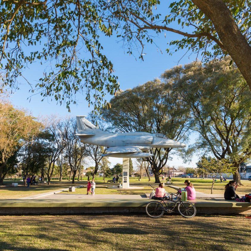 Plaza Malvinas Argentinas 6
