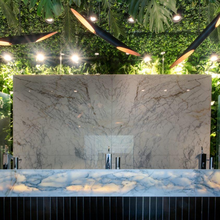 Baño Público - El Jardín Oculto 3