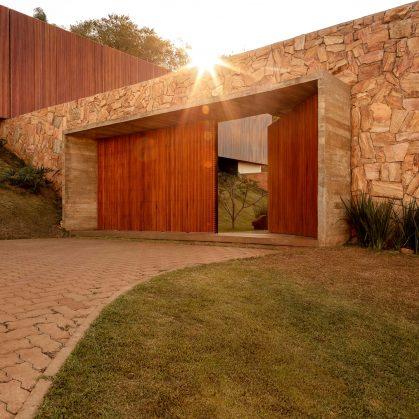 La casa de las piedras 8