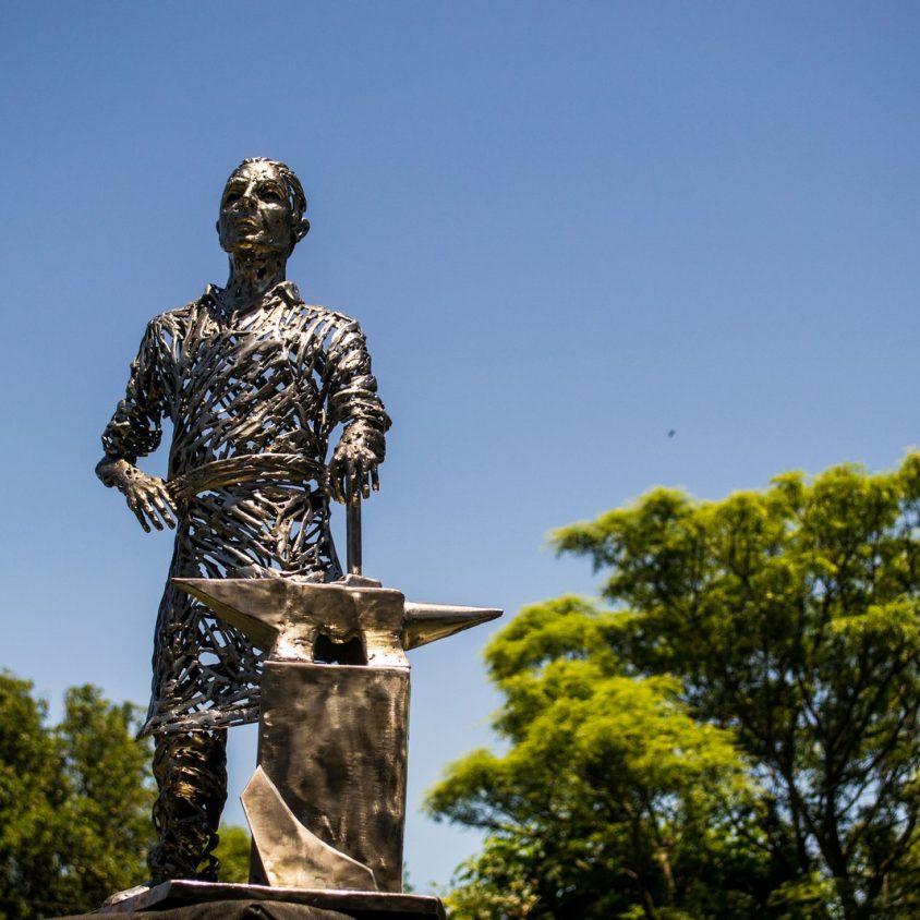 El escultor Pablo Salvador Rocha debuta en Córdoba 3