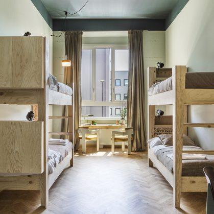 Hotel Casa BASE 12