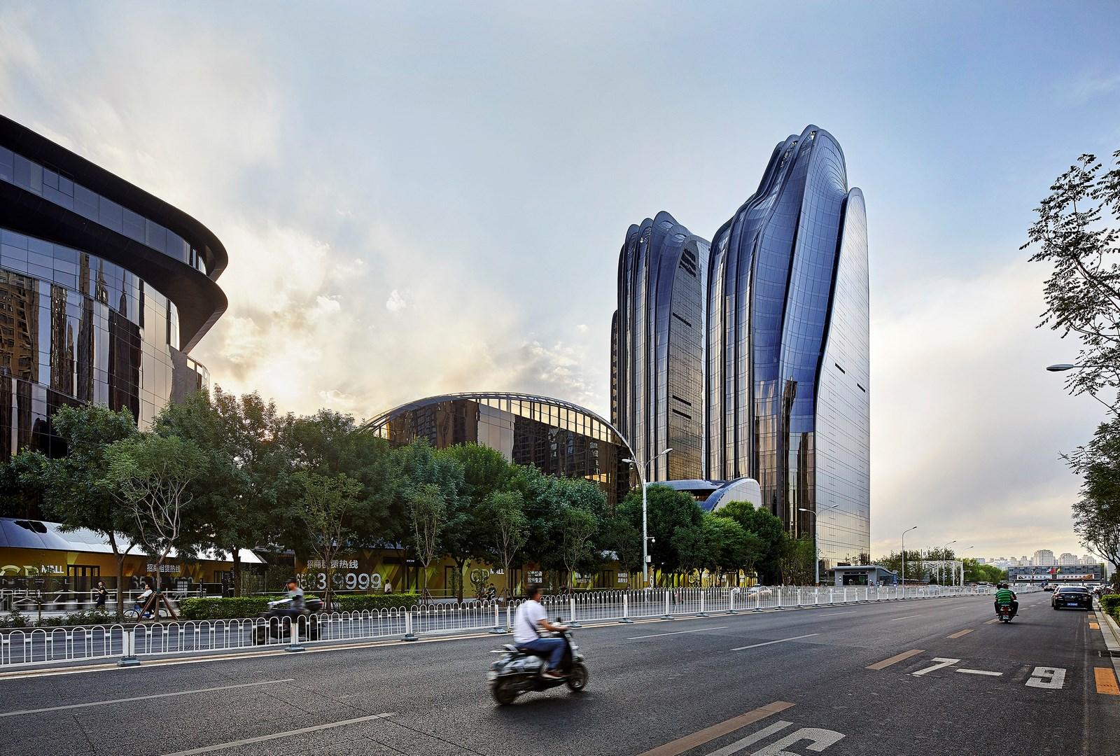 Chaoyang Park Plaza 26