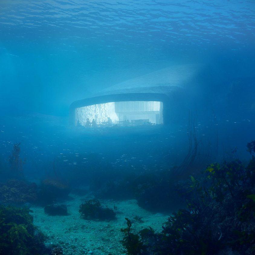 UNDER el restó submarino de Europa 4