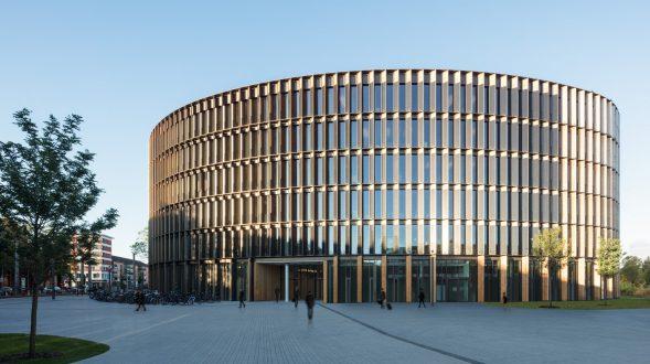 Centro de administración y guardería sustentable 19