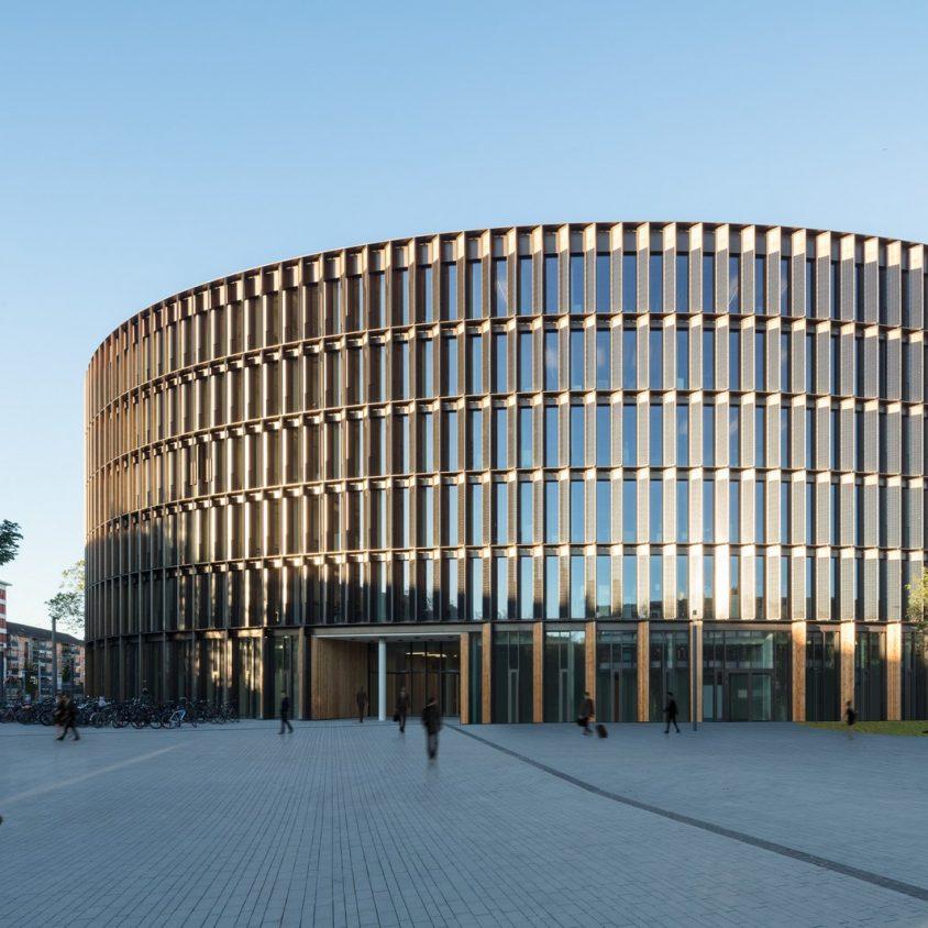 Centro de administración y guardería sustentable 2