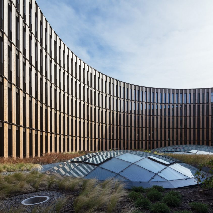 Centro de administración y guardería sustentable 3