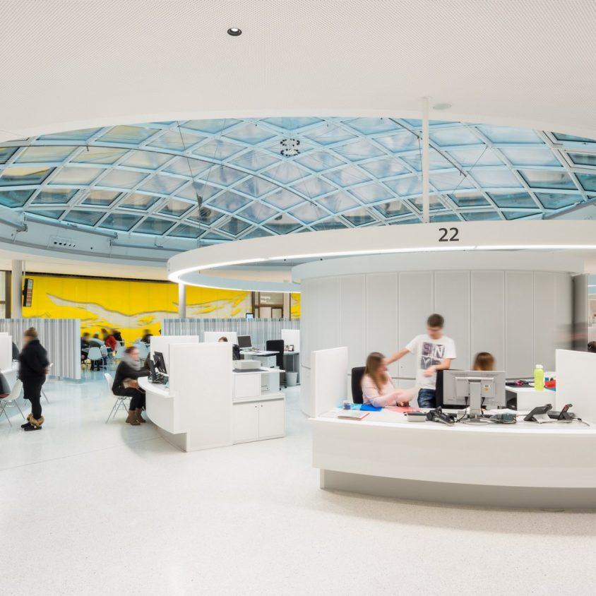 Centro de administración y guardería sustentable 4