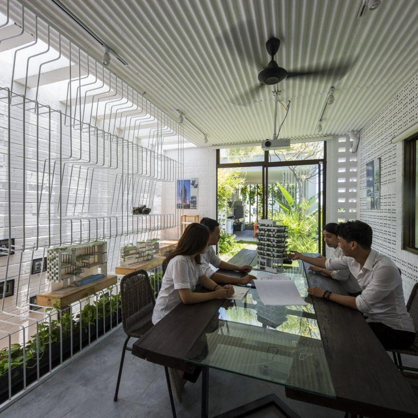 Oficinas y Jardines 8