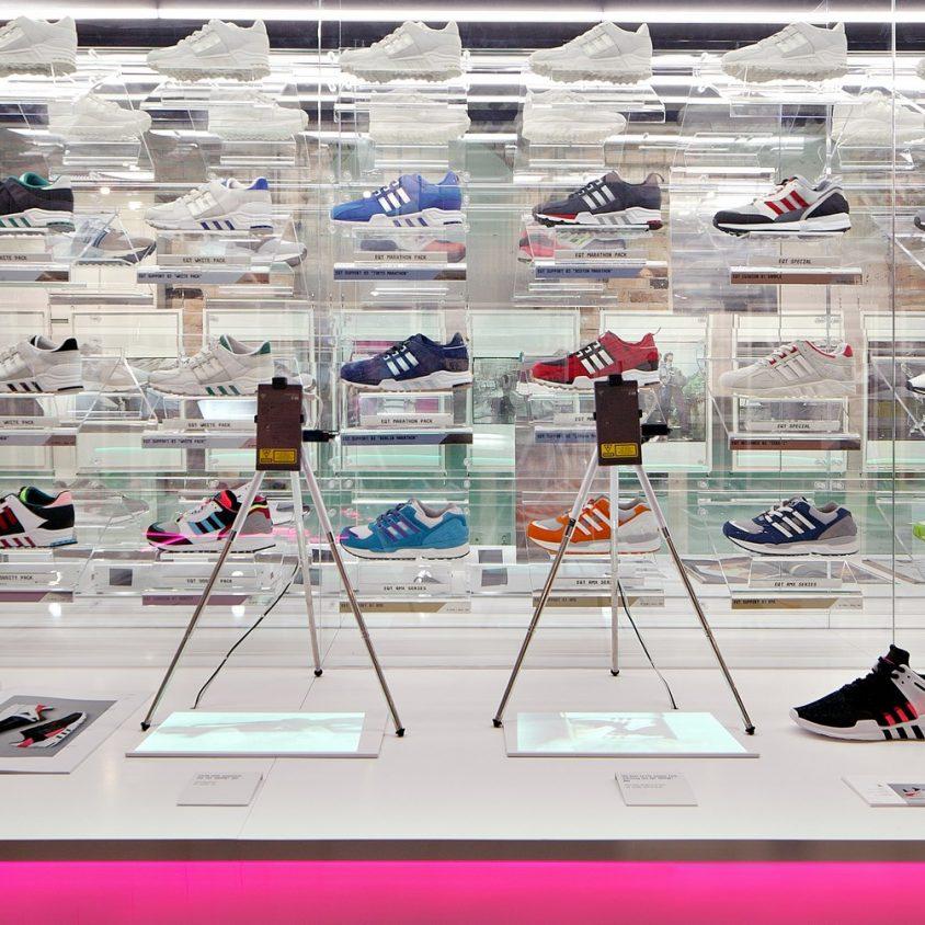 Exhibición SNKR y tienda Pop Up de Adidas 6