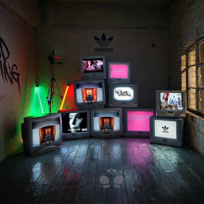 Exhibición SNKR y tienda Pop Up de Adidas 7