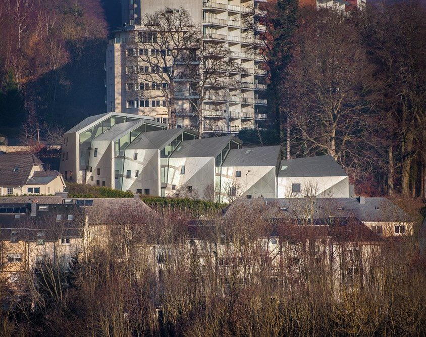 Edificio residencial con 15 unidades 2
