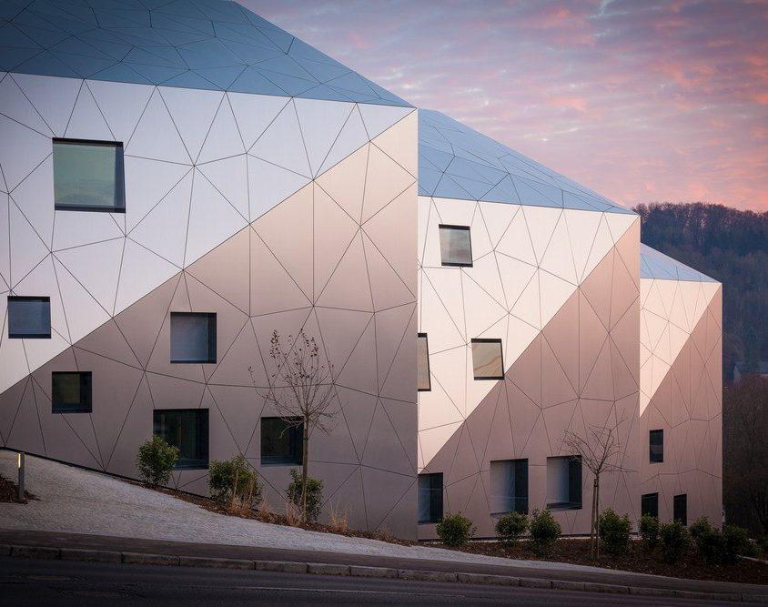 Edificio residencial con 15 unidades 5
