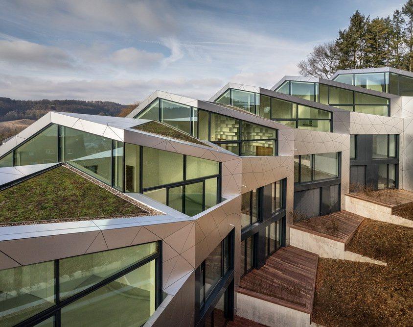 Edificio residencial con 15 unidades 9