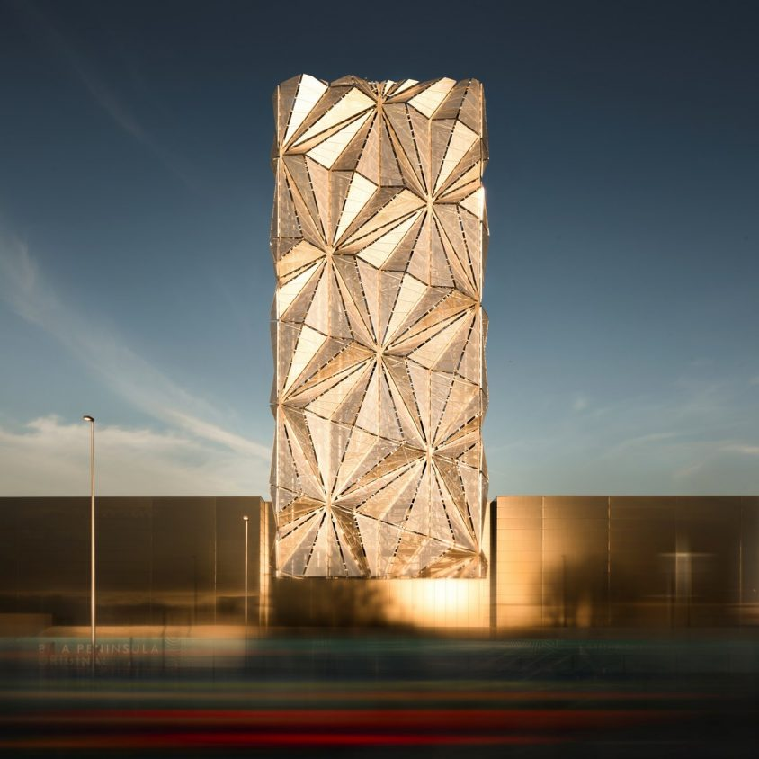 Arte y Arquitectura en una Planta de Energía 4