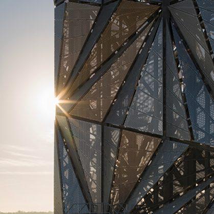 Arte y Arquitectura en una Planta de Energía 14