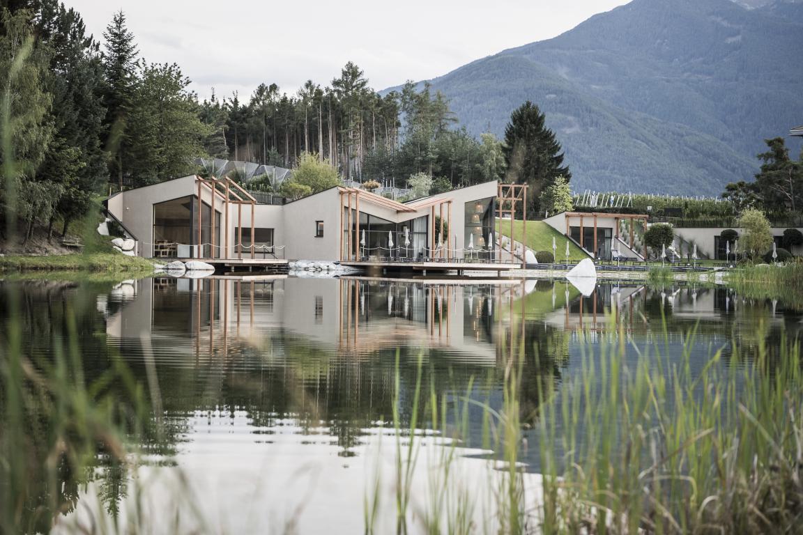Hotel Seehof, una arquitectura de jardín 27