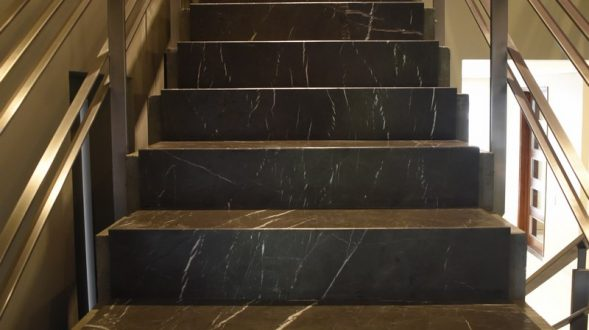 Escaleras de mármol antracite dark 29