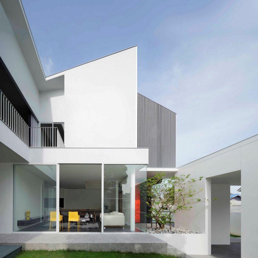 White Box by Ayutt 3