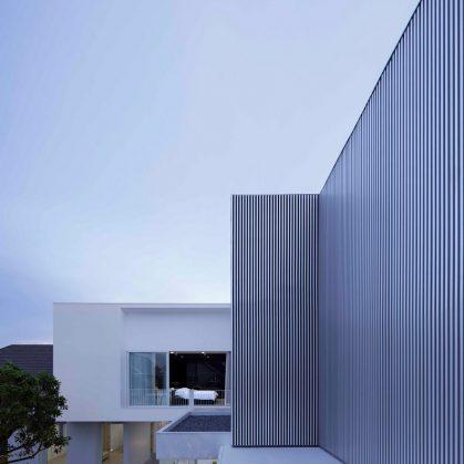 White Box by Ayutt 12