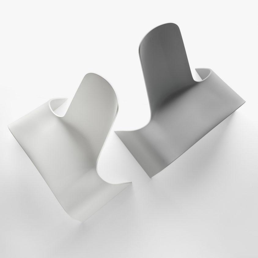 Una silla con estilo de auto deportivo 5