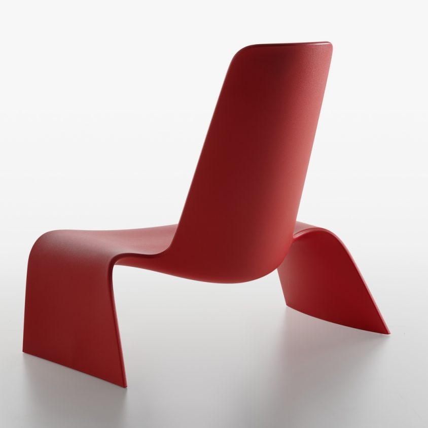 Una silla con estilo de auto deportivo 6
